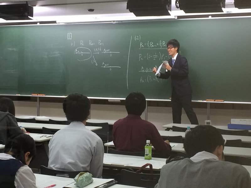 文系数学勉強会 授業様子